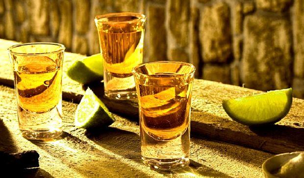 Thưởng thức rượu Tequila