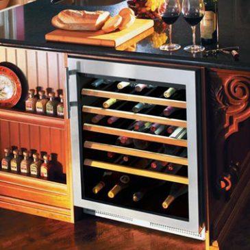 bảo quản rượu vang đã khui nắp đúng cách