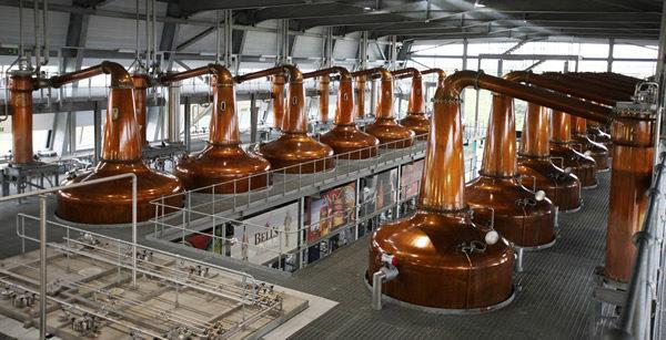 Sản xuất rượu whisky theo nhiều cách khách nhau