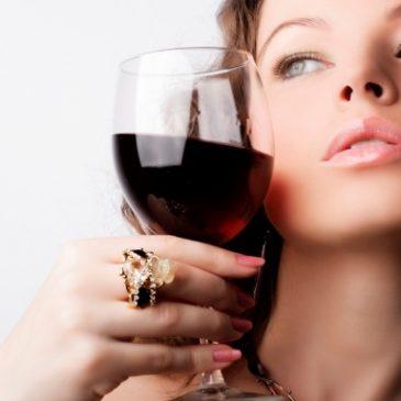 Sức khỏe phụ nữ và rượu vang